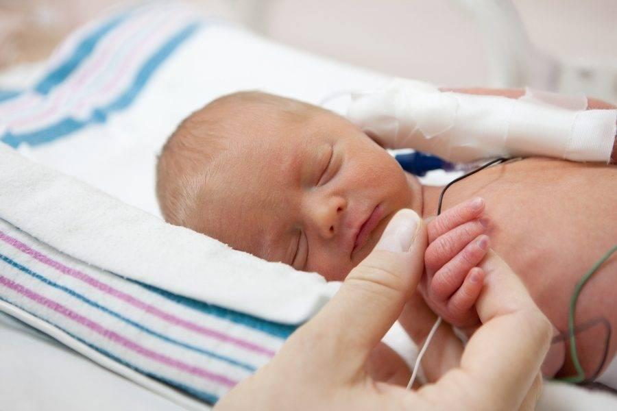Ретинопатия недоношенных новорожденных детей: лечение, стадии, последствия