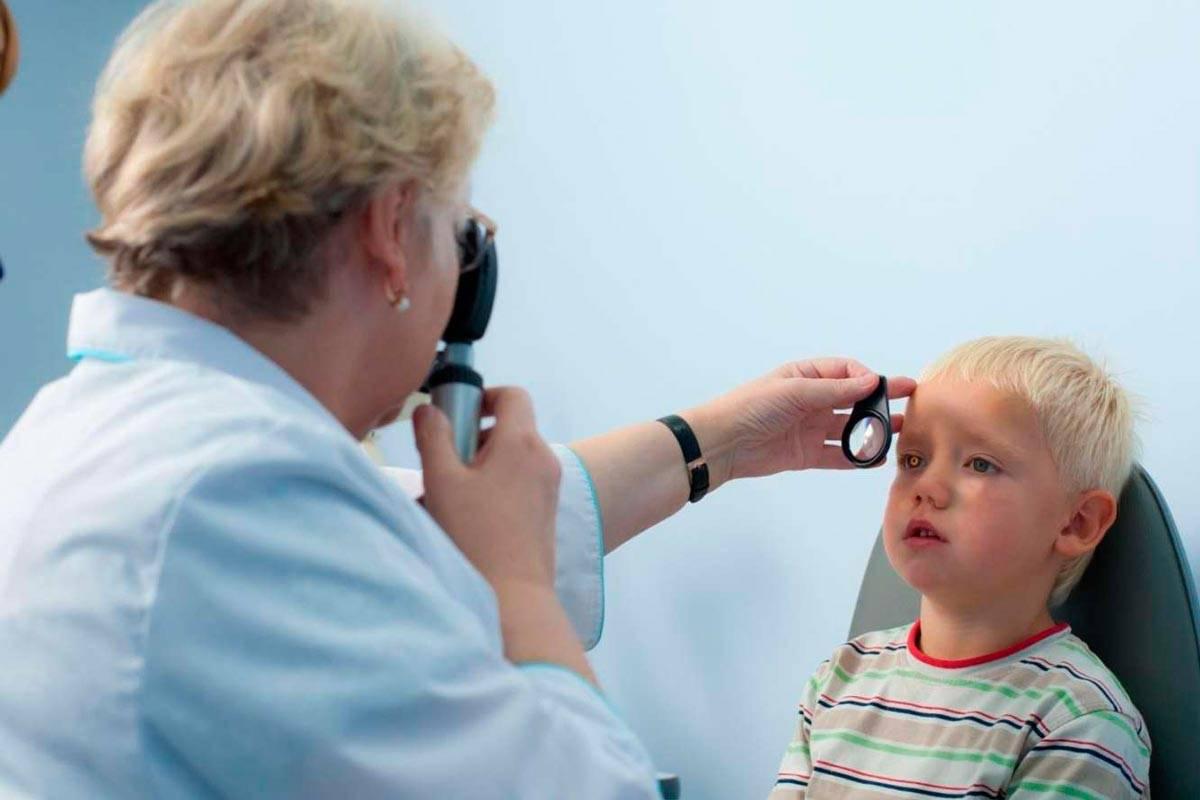 Косоглазие у детей: причины и лечение, симптомы (фото), виды, страбизм до года