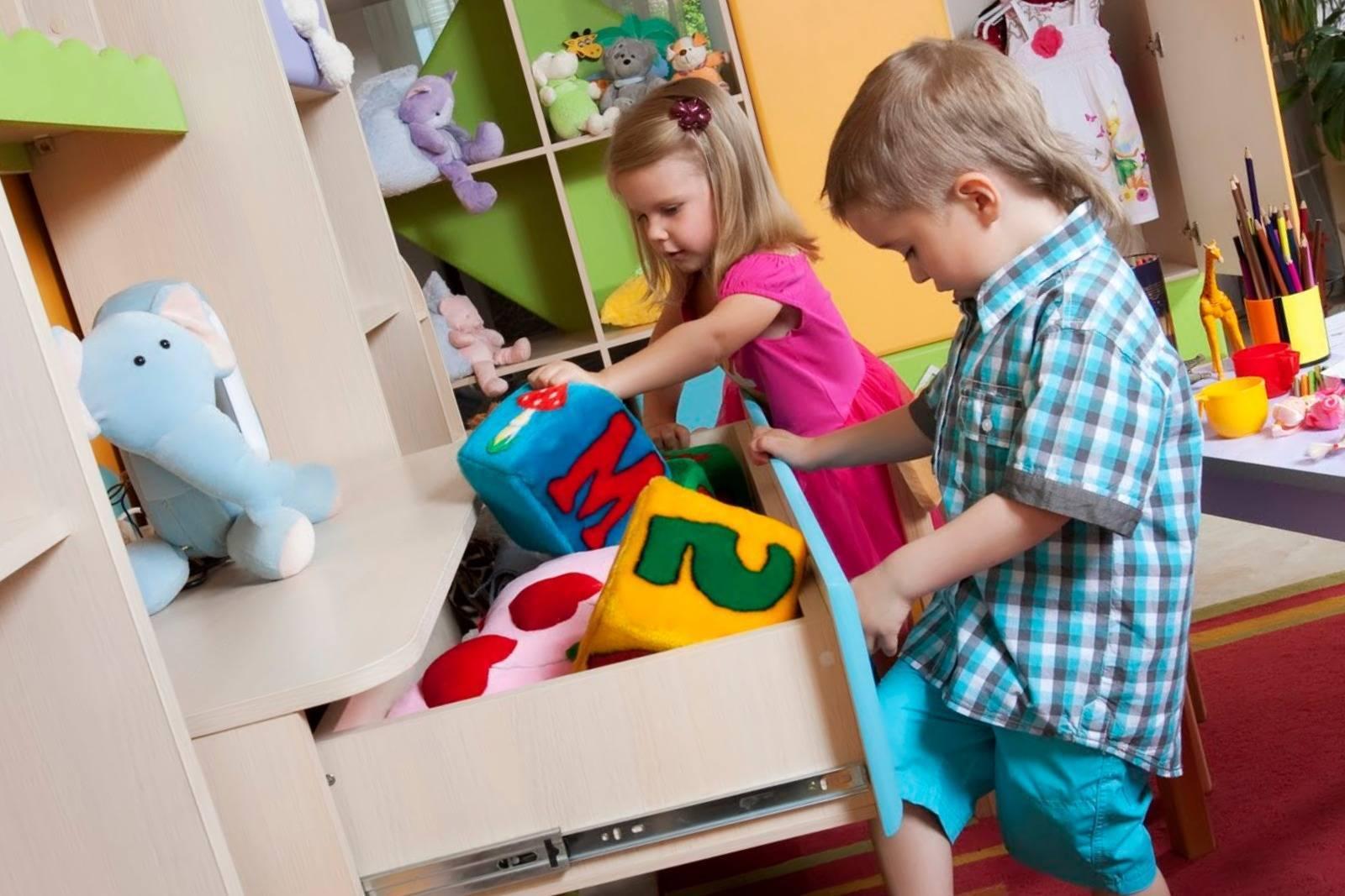 Как научить ребёнка убирать за собой