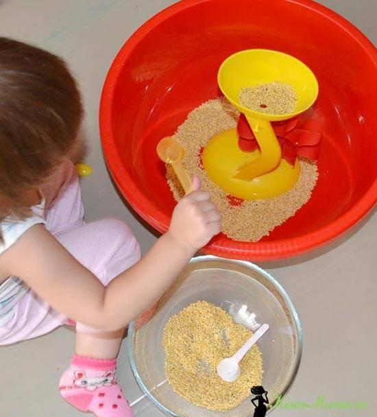 Игры с крупой для детей. обзор игр с крупами и макаронами для детей разного возраста: мастер-класс по развитию мелкой моторики