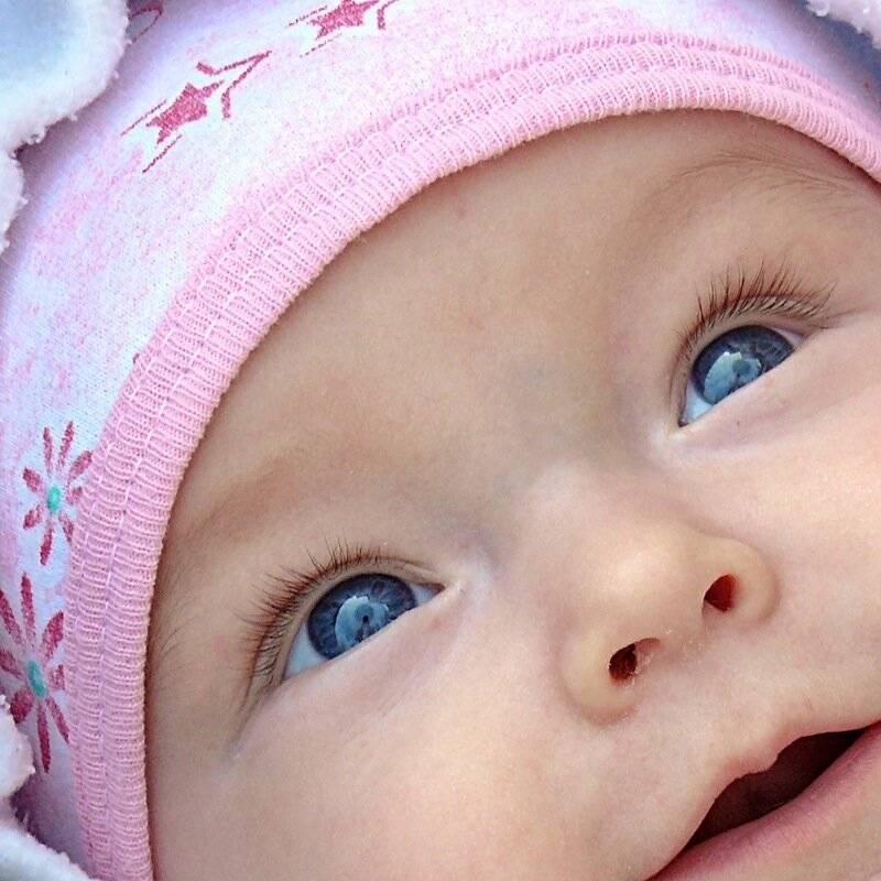 У 3 месячного ребенка синеет носогубный треугольник. почему у грудничка синеет носогубный треугольник: причины цианоза и коррекция состояния новорожденного ребенка
