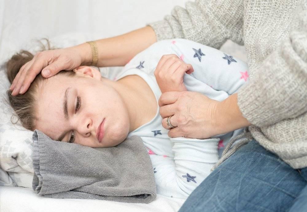 Все о приступах судорог у новорожденного малыша: причины возникновения, последствия. как родителям помочь малышу? первая помощь во время приступа