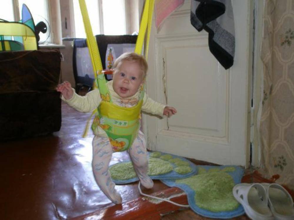 С какого возраста используют прыгунки для детей. как выбрать прыгунки ребенку. плюсы и минусы детских прыгунков