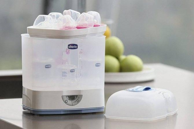 Способы стерилизации детских бутылочек: паром, в кипятке, мультиварке, микроволновке, духовке