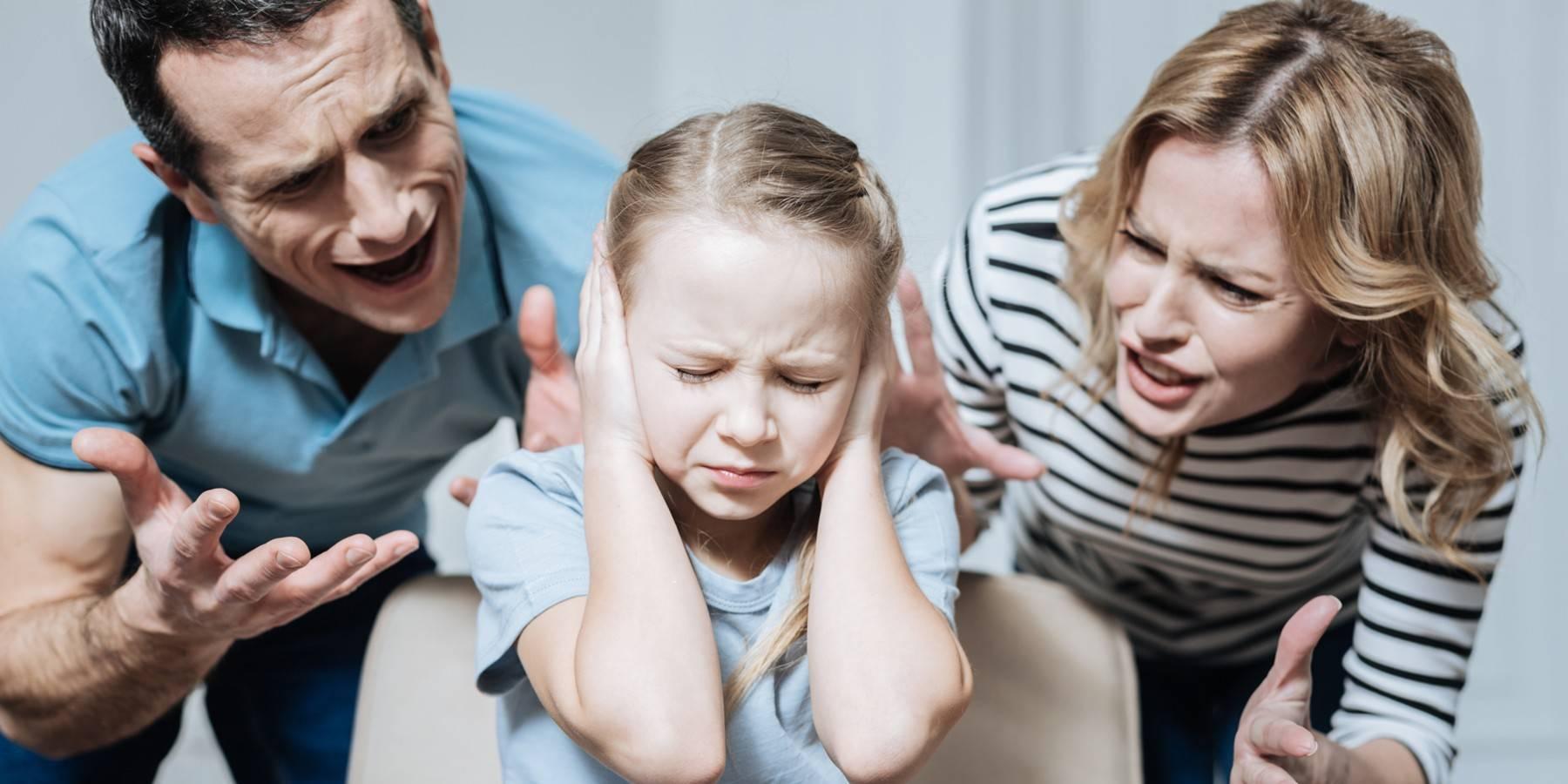 Особенности взаимоотношений родителей с детьми-подростками в полных и неполных семьях