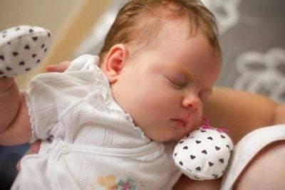 Всхлипывания во время сна у детей: возможные причины