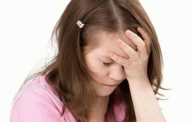 Особенности мигрени у ребенка: причины и симптомы болезни у детей и лечение