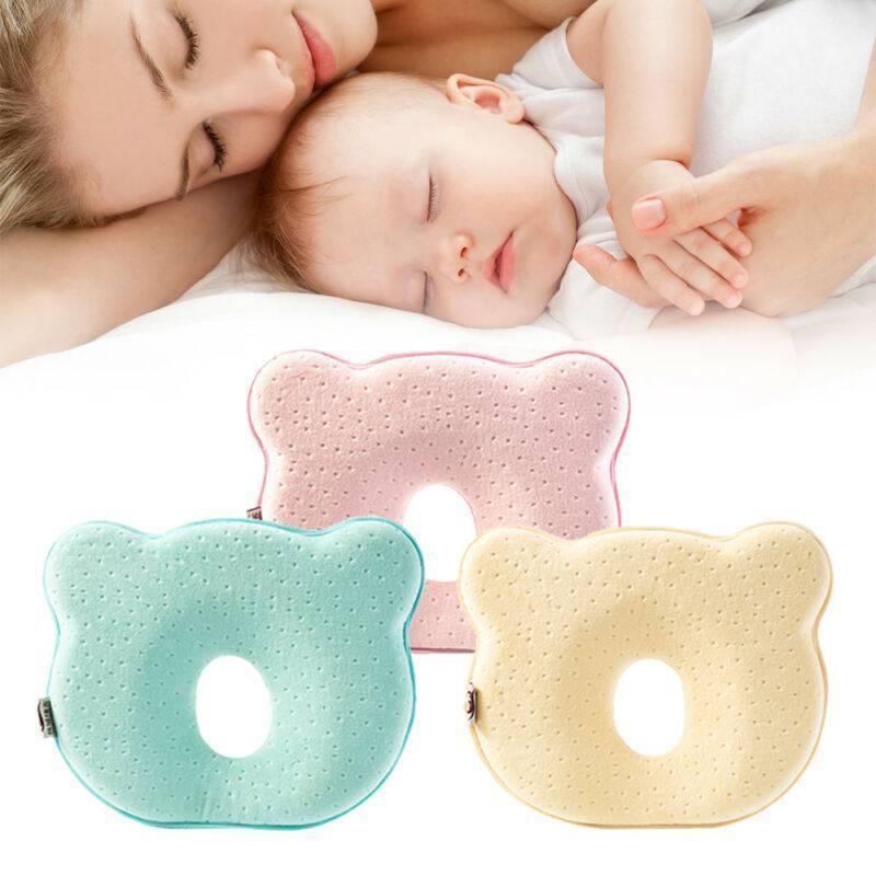 Ортопедическая подушка для грудничка: нужна или нет, применение при кривошее, все «за» и «против»