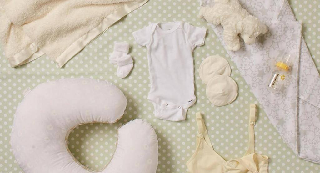 Гардероб новорожденного: необходимый набор одежды