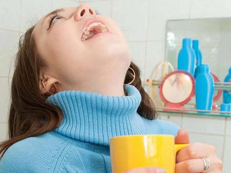 Полоскание горла йодинолом при ангине