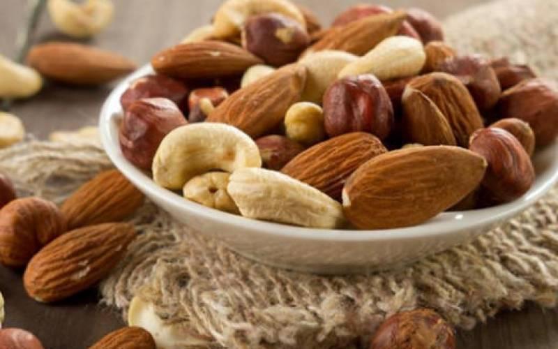 Польза и вред молочных грецких орехов. правила употребления, целебные рецепты и иные рекомендации