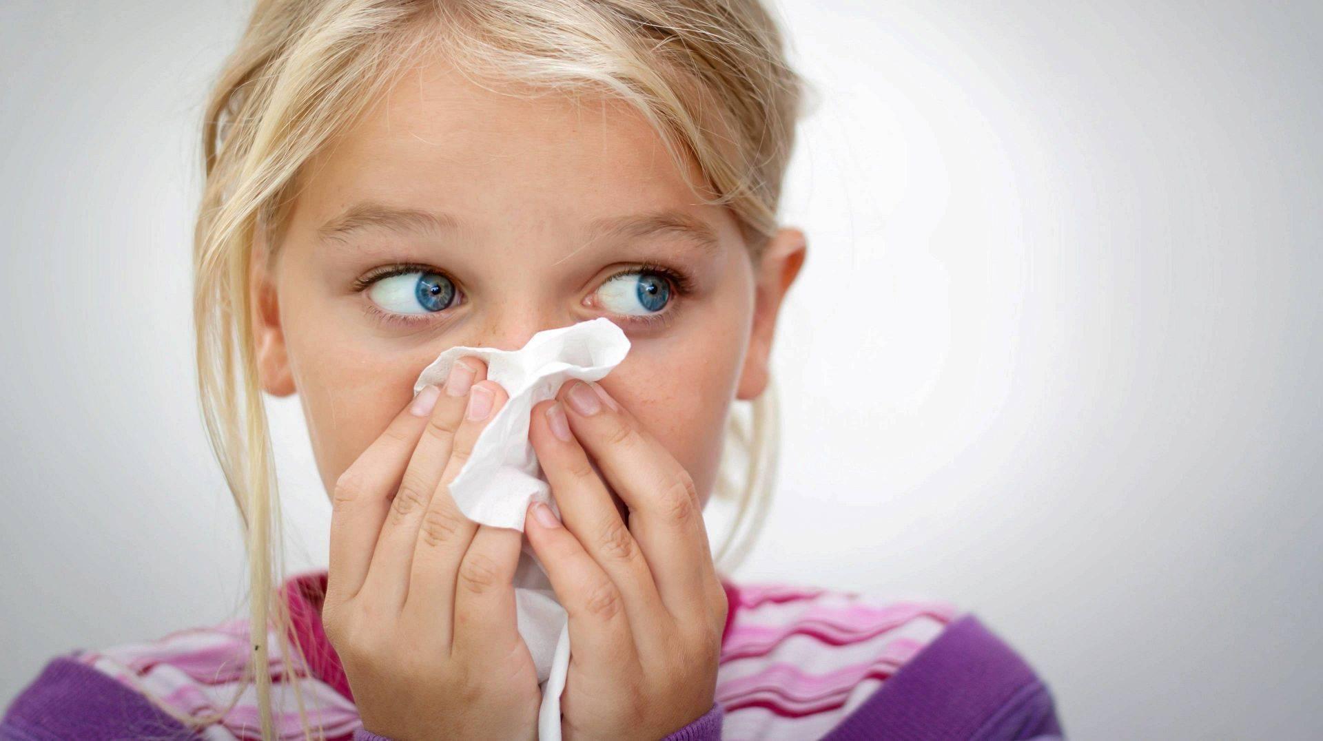 Запах из носа у ребенка причины и лечение