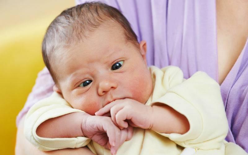 Косоглазие у новорожденных: причины и когда пройдет