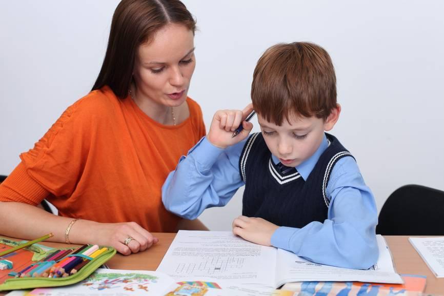 Выполнение домашнего задания: как помочь детям, научить делать уроки самостоятельно и быстро