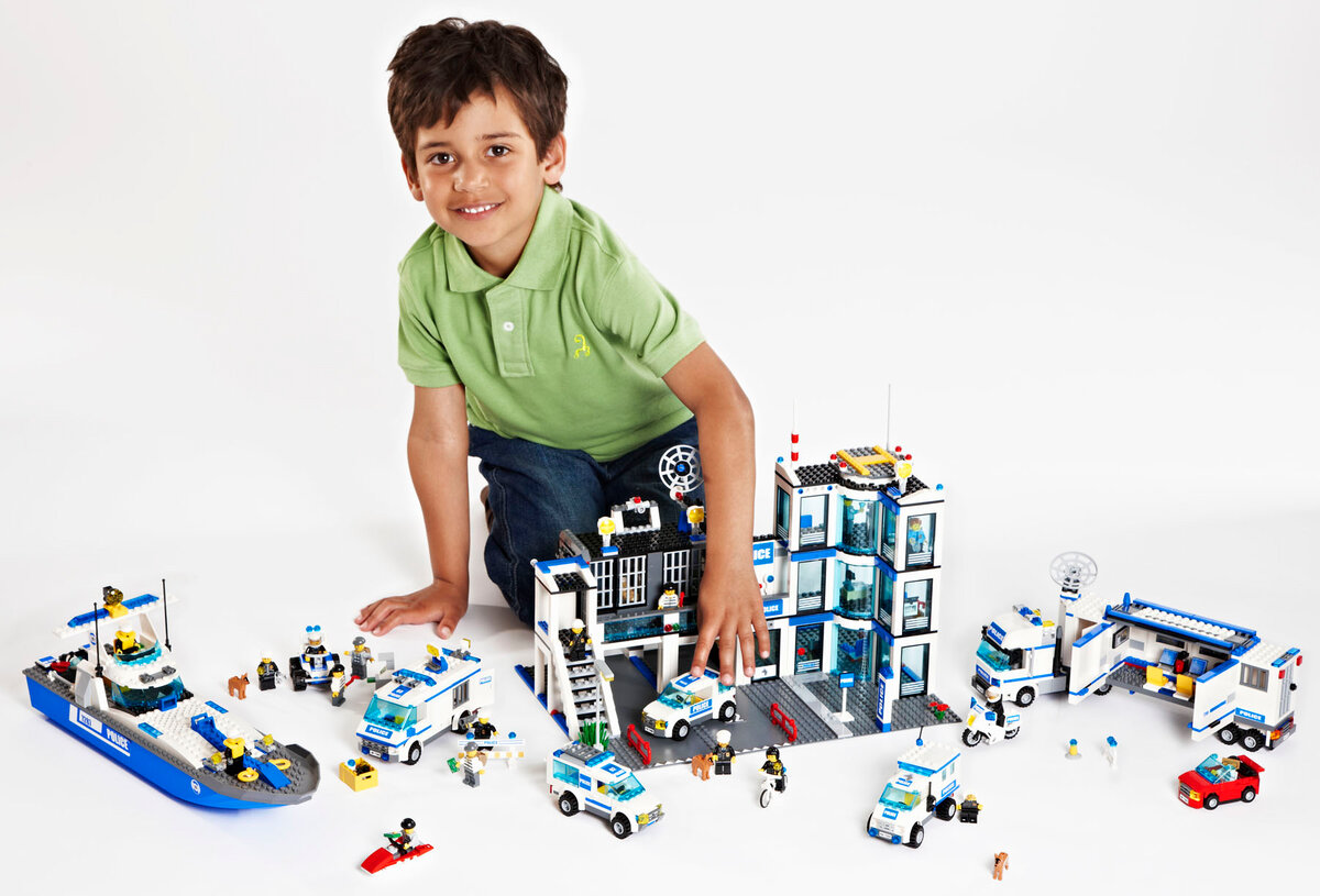 Лучшие варианты того, что подарить мальчику на 7 лет. на любой вкус и бюджет