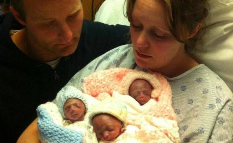 На каком сроке обычно рождается двойня, во сколько недель двойняшки считаются доношенными? - врач 24/7