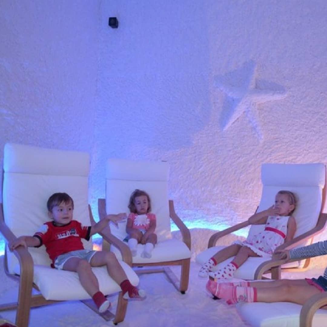 Соляная комната – польза и вред для организма |