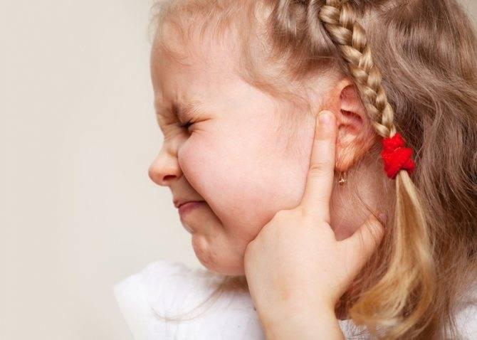 9 признаков отита, благодаря которым можно заподозрить заболевание на ранних этапах
