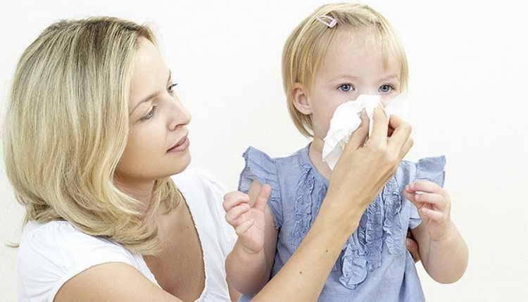 Чем лечить насморк у ребенка 2 лет быстро и эффективно