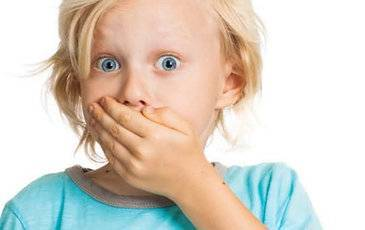 Нервный тик у детей: причины, симптомы и лечение