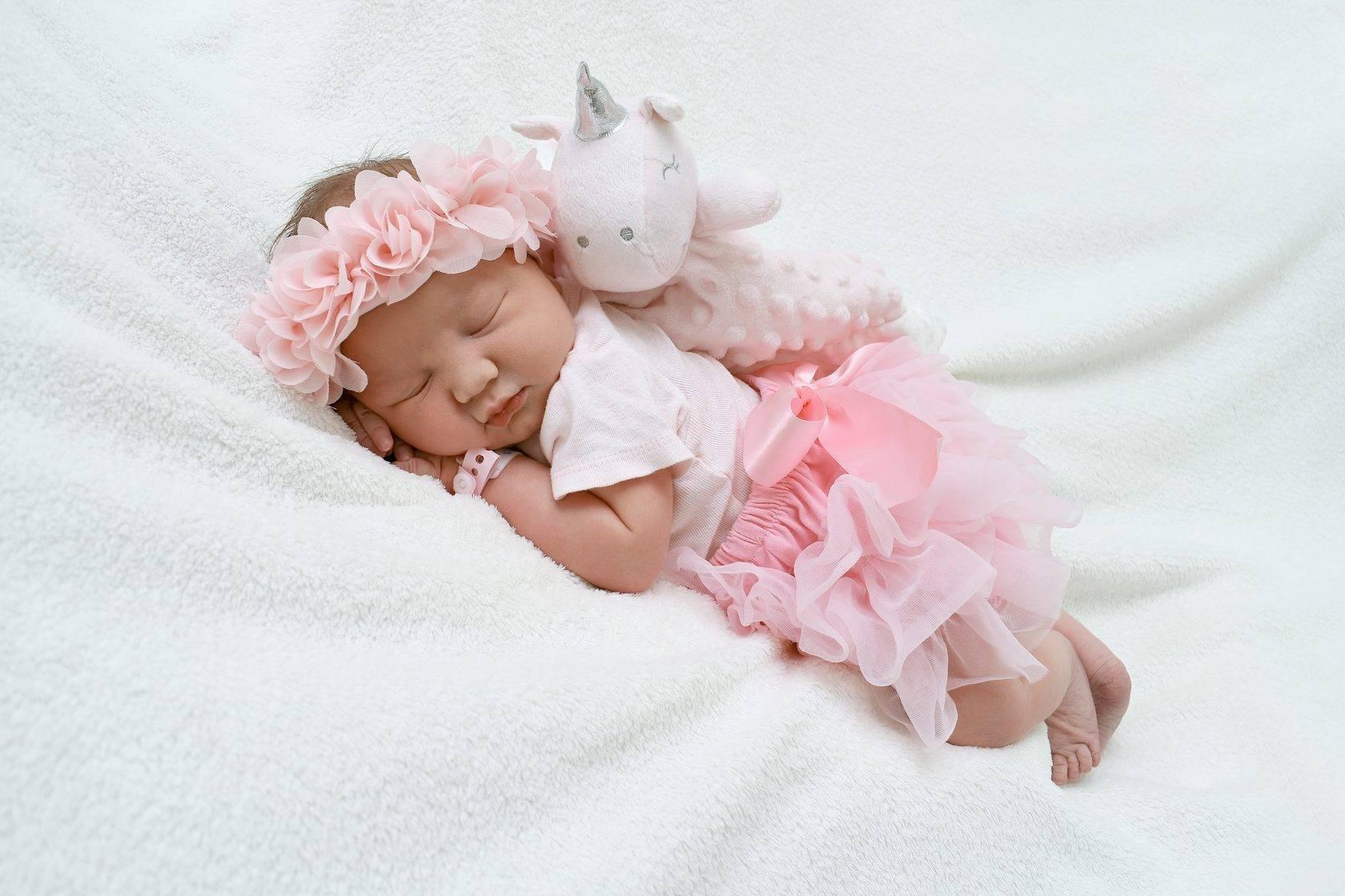 Память у младенцев от утробы до года. этапы развития по неделям и месяцам