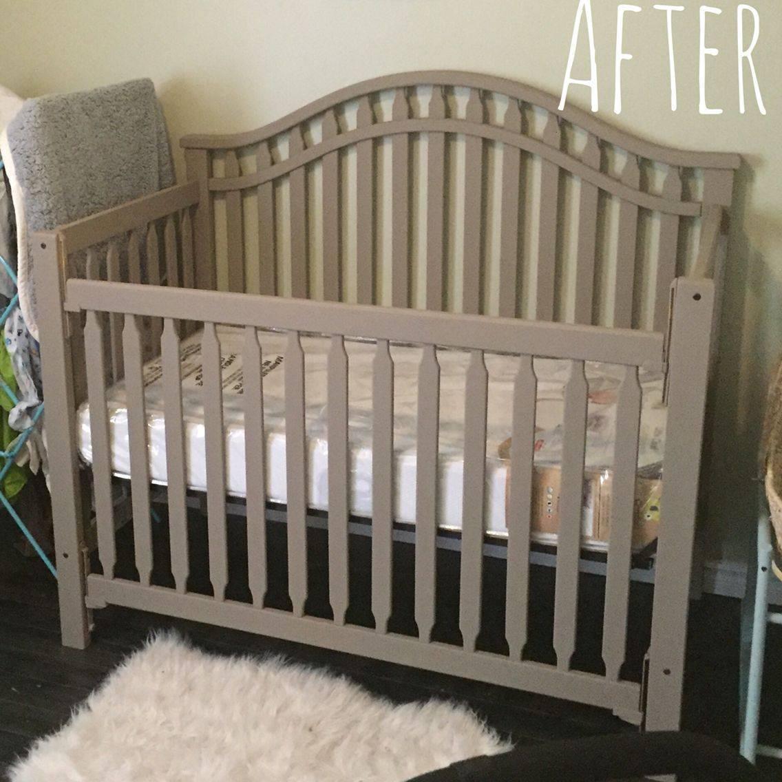 Чем покрасить детскую деревянную кроватку для новорожденных