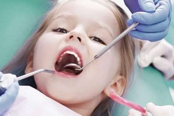 Пульпит молочных зубов у детей лечение и симптомы