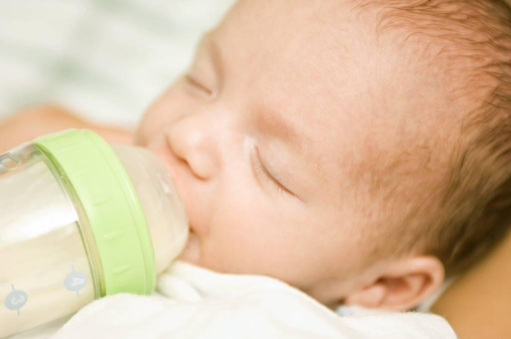 Аллергия на молоко у ребенка, чем заменить молочные продукты