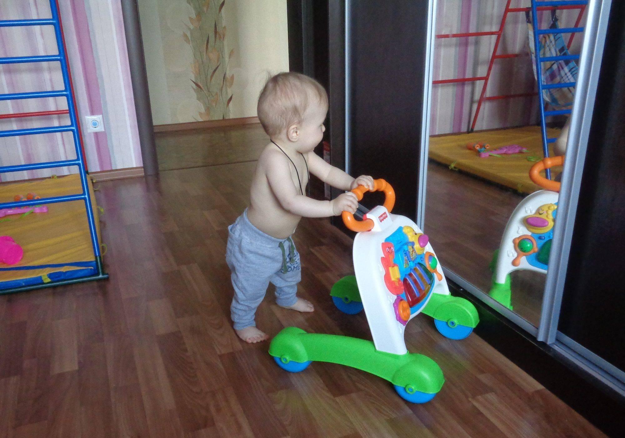 Детские развивающие игрушки от 10 месяцев: их влияние на развитие ребенка