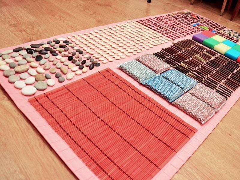 Массажный коврик своими руками: фото и видео его создания