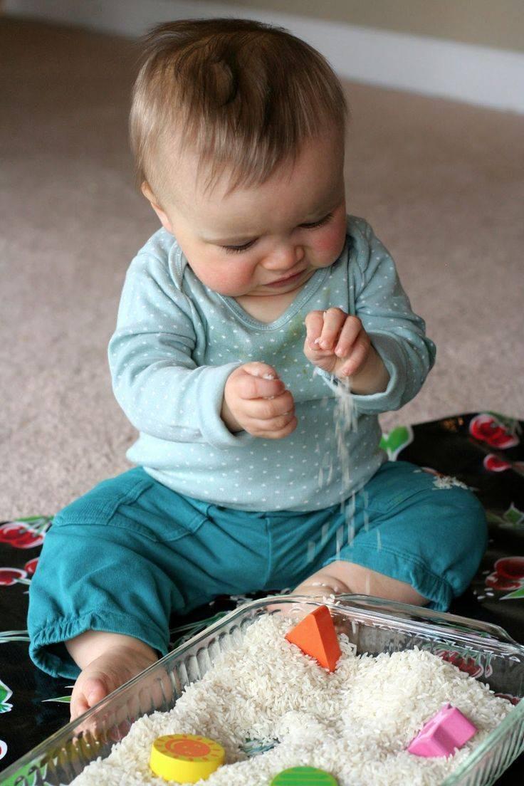 Как развивать ребенка в 2 месяца: занятия, игрушки, игры для 2-месячного крохи