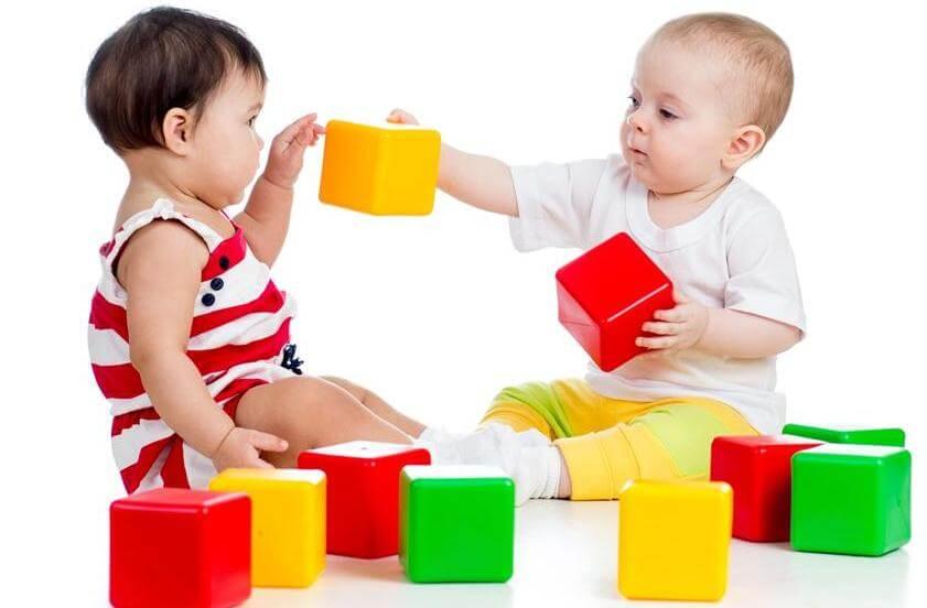 Как научить ребенка различать цвета? методики и полезные советы. памятка «как научить ребенка различать цвета» для педагогов и родителей когда начать учить цвета с ребенком