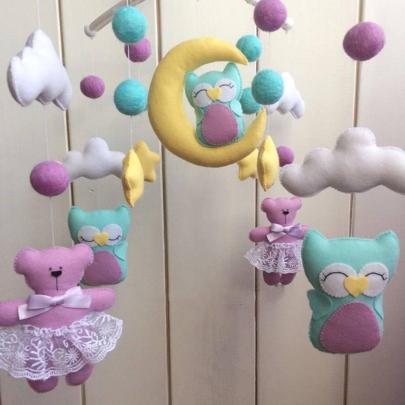 Игрушки для новорожденных своими руками: что можно сшить, мягкие изделия в кроватку