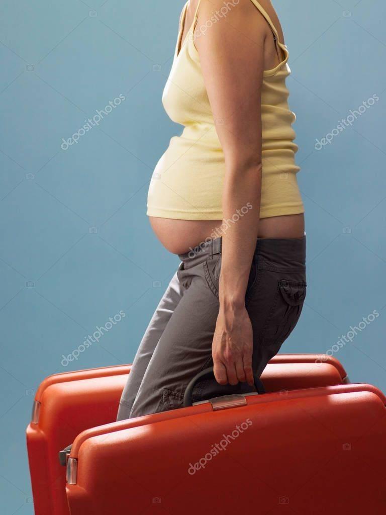 Почему беременным нельзя поднимать тяжелое — какие последствия могут быть от поднятия тяжестей? - wikidochelp.ru