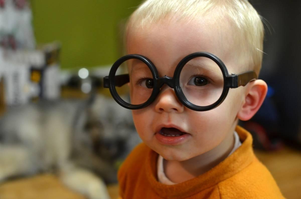 Причины и лечение косоглазия у детей — основные способы исправления