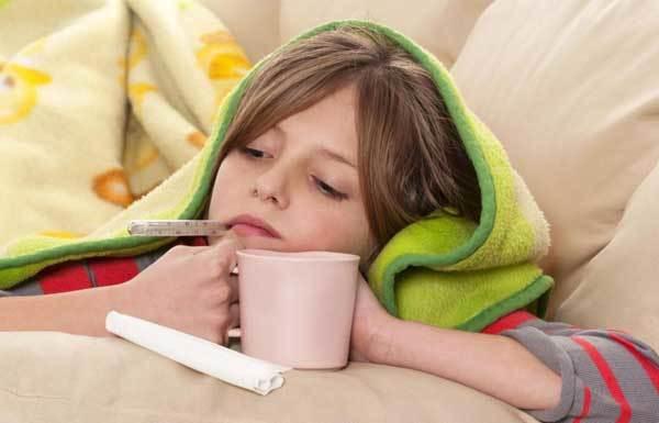 Сухой кашель у ребенка ночью: чем помочь, как успокоить