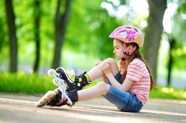 Как научить ребенка кататься на роликах?
