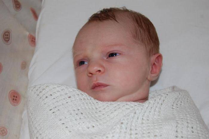 Симптомы и лечение врожденного и приобретенного гипотиреоза у новорожденных и детей от года