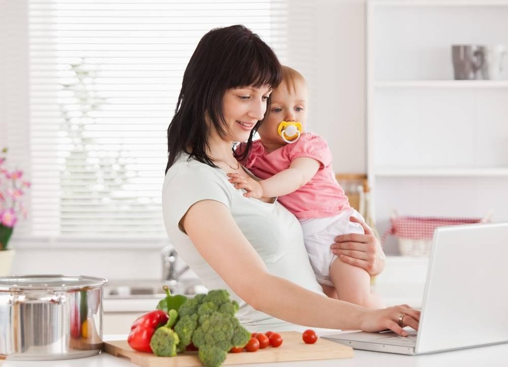 Черника при грудном вскармливании ?: можно ли кормящей маме?