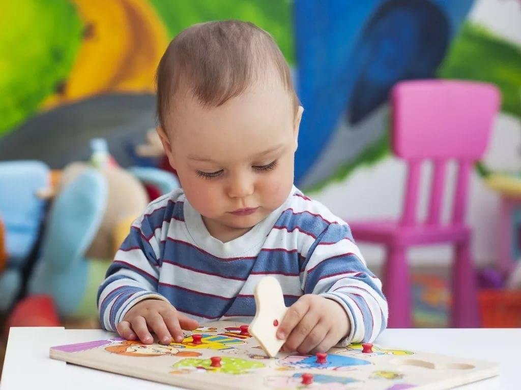 Когда лучше отдавать ребёнка в детский сад | уроки для мам