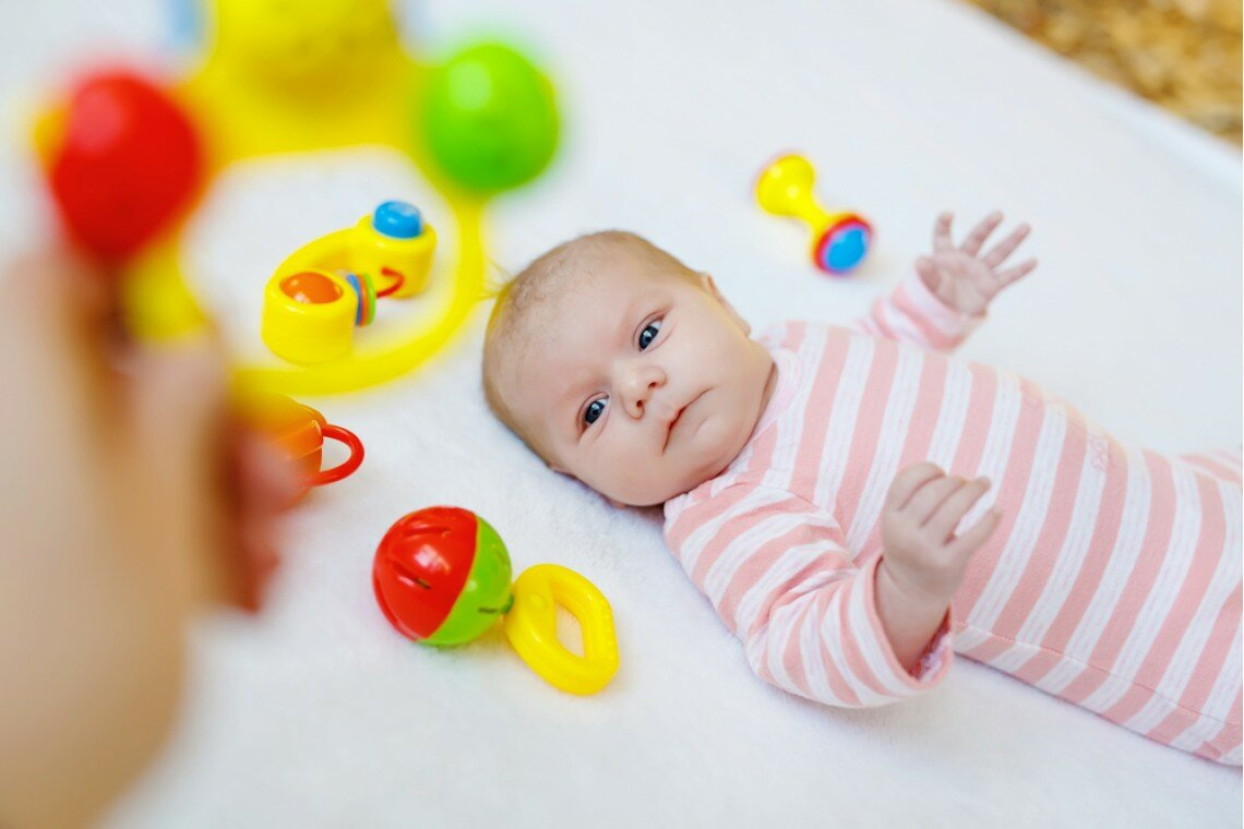 Когда новорожденный начинает слышать — проверка слуха