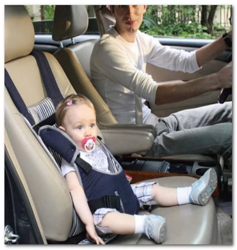 Можно ли ребенка возить на переднем сиденье