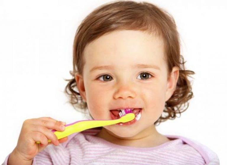 Кариес у детей: фото молочных зубов в раннем возрасте, лечение в 2-3 года | spacream.ru