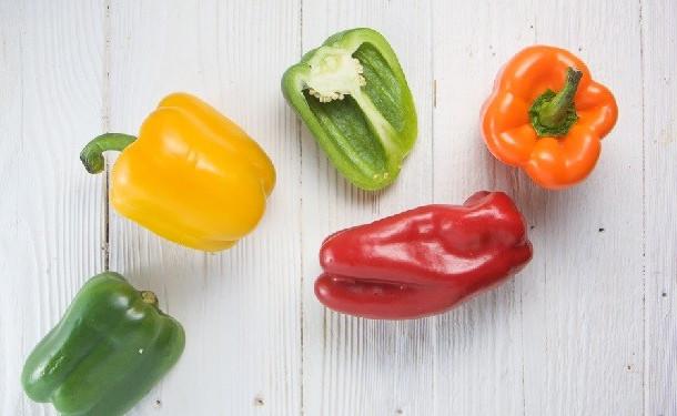 Когда можно детям давать болгарский перец и сколько. когда можно кушать болгарский перец ребенку