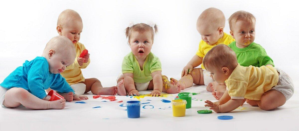 Раннее развитие детей в повседневной жизни (от рождения до семи месяцев)