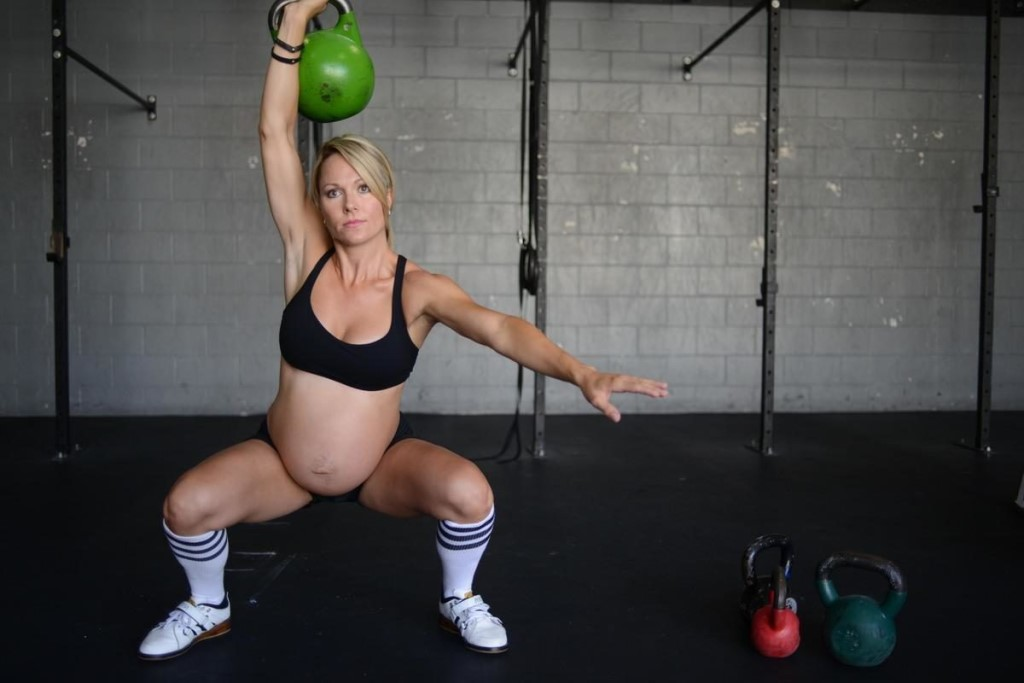 ᐉ почему во время беременности нельзя поднимать тяжелое. можно ли поднимать тяжести беременным. как правильно поднять тяжелый предмет - ➡ sp-kupavna.ru