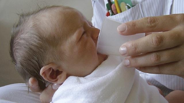 Ротавирус: признаки и симптомы инфекции у детей, грудничков, лечение и профилактика