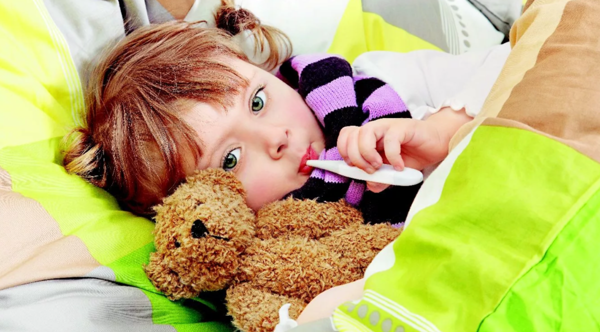 Лечение простуды у детей при первых признаках: лекарства и народные средства | заболевания | vpolozhenii.com