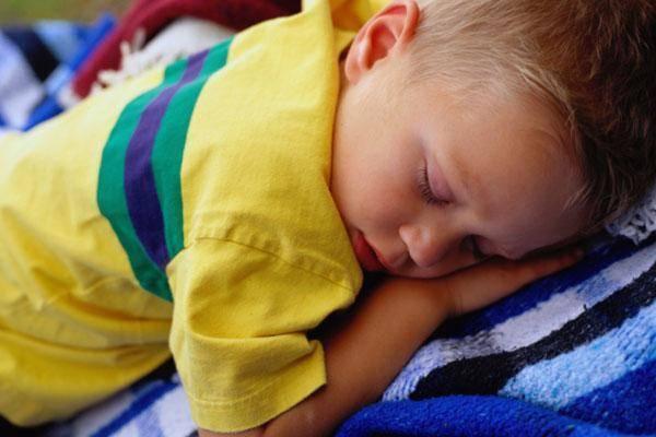 Как научить ребенка вставать ночью на горшок – как приучить ребенка вставать ночью в туалет
