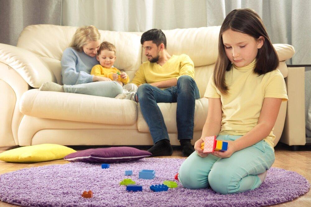Мама для мам: 10 способов преодолеть ревность старшего ребенка к младшему